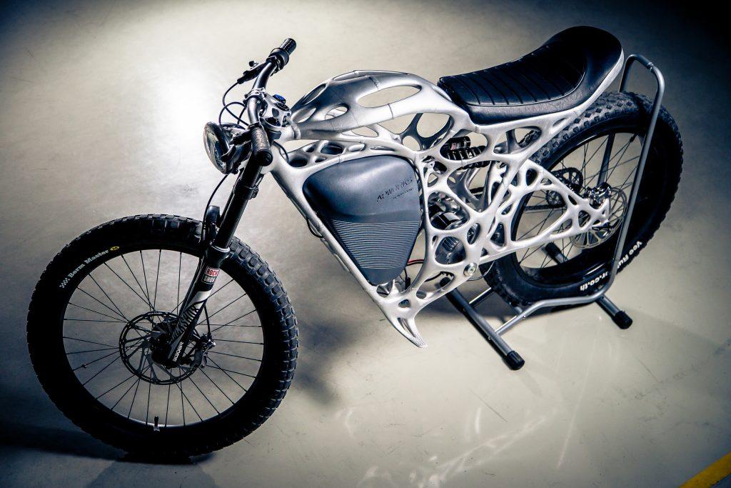 APWorksで3Dプリントしたアルミニウム製バイク