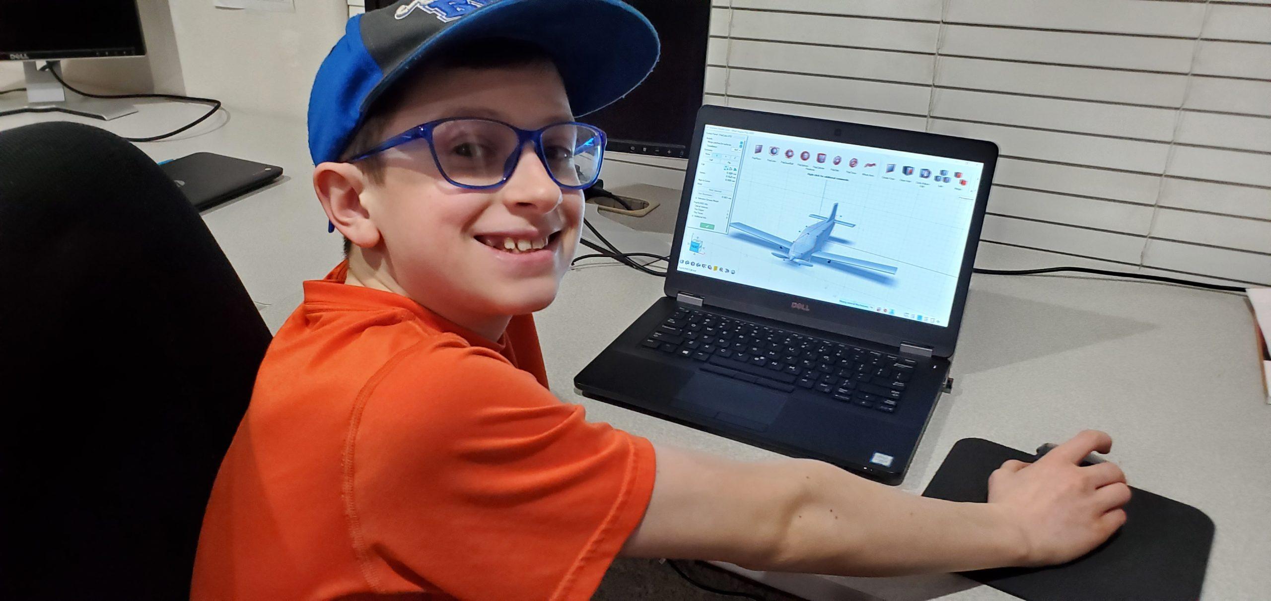 13歳のAdamがInspireを使って作製した3Dプリント製飛行機の3Dモデル